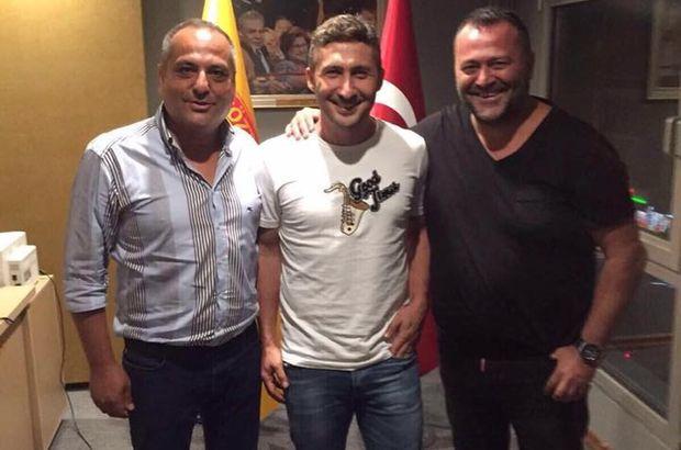 Göztepe, Sabri Sarıoğlu ile resmi sözleşme imzaladı
