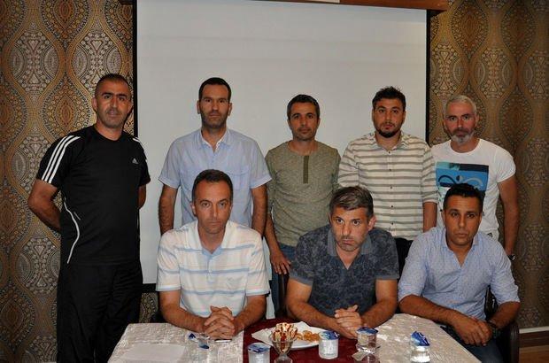 İnegölspor altyapı antrenörü Özgür Şahin, futbolcu ailesinden dayak yiyince istifa etti