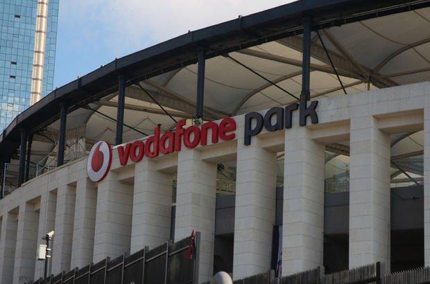 Vodafone Arena'nın tabelaları değiştirildi