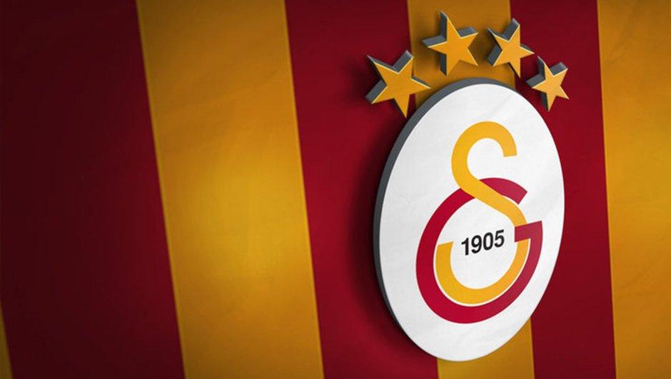 Galatasaray'da sıcak saatler! Lucescu ve transfer...