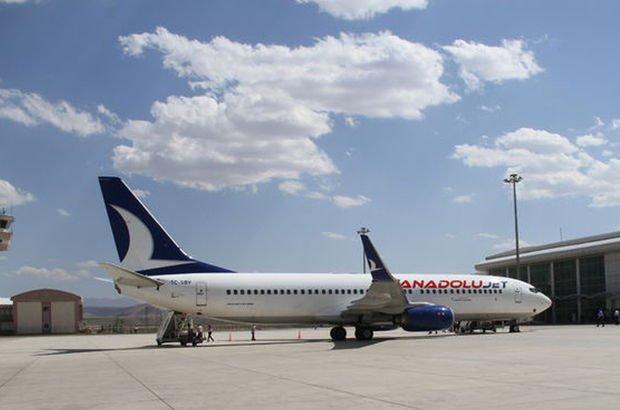 Trabzon-İstanbul uçağı acil durum çağrısı yaparak Samsun'a indi