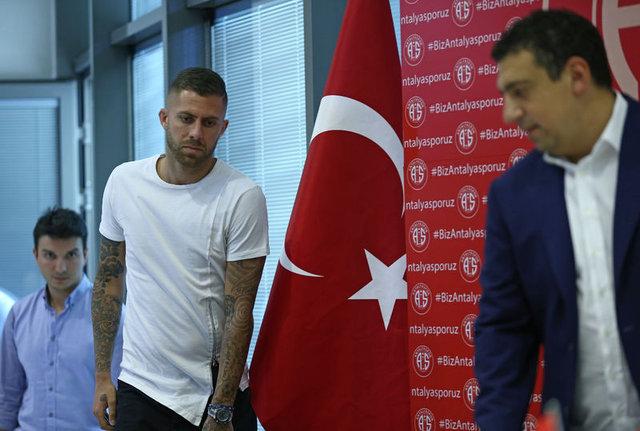 Antalyaspor'da Menez skandalı