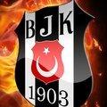 Beşiktaş'a bir dünya yıldızı stoper daha!