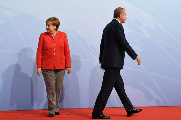 Ankara-Berlin hattında 12 ayda 5 kriz!