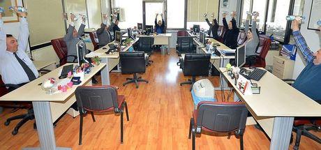 Günde 2 kez 10 dakika ofiste spor
