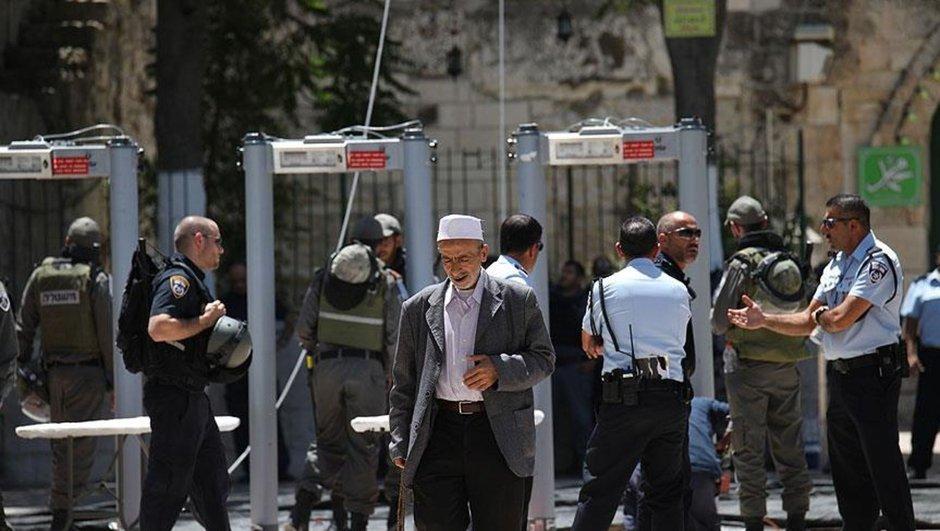 İsrail basını: Mescid-i Aksada metal dedektör kalkıyor, el dedektörü geliyor