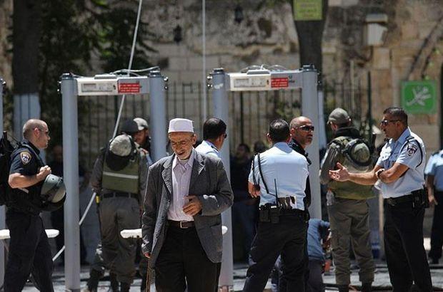 İsrail: Metal dedektörlerin kaldırılmayacak