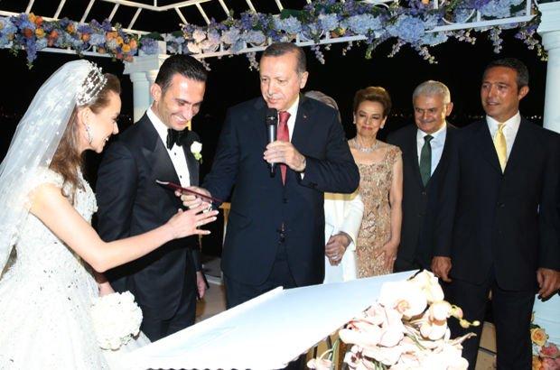 Boğaz'da düğün, İtalya'da balayı
