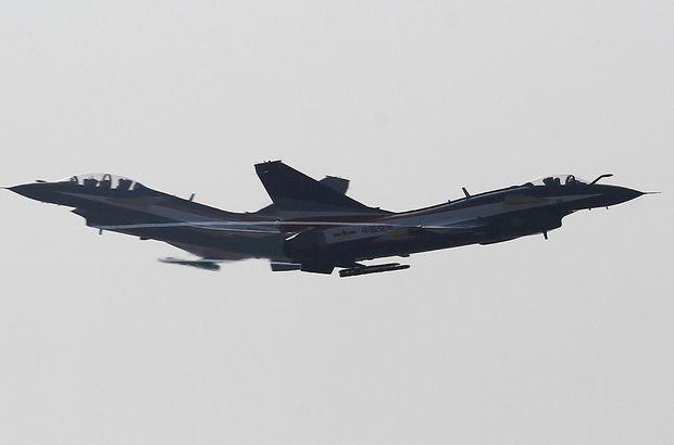 Çin savaş uçakları ABD uçağına müdahale etti!