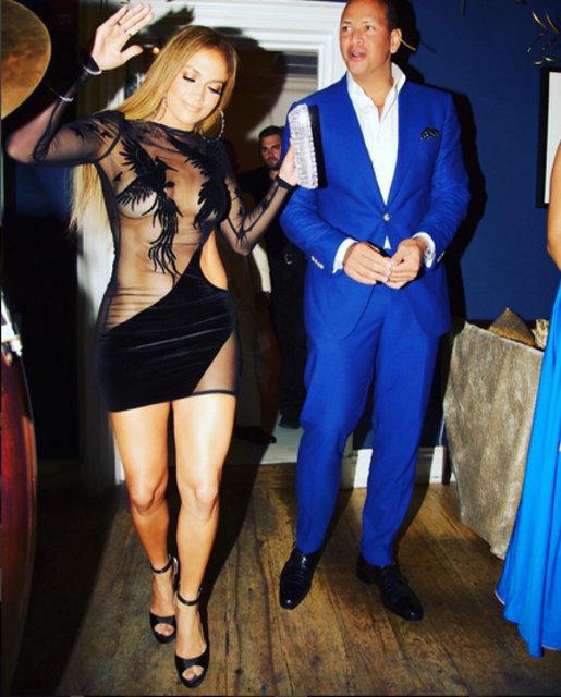Jennifer Lopez yeni yaşını kutladı
