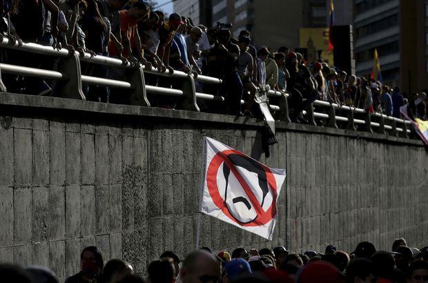 Venezuela şimdi de Despacito'yu tartışıyor! Maduro'ya tepki...