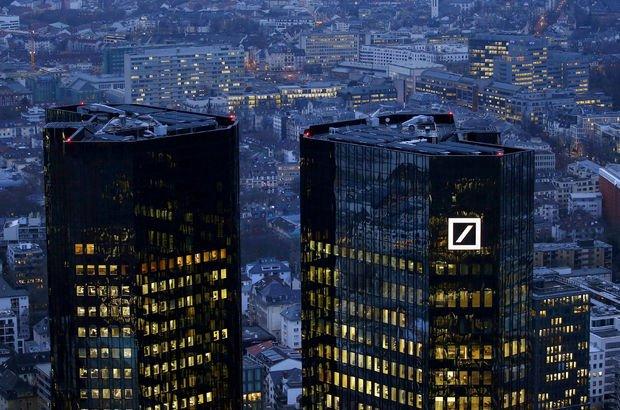 Deutsche Bank 350 milyar doları İngiltere'den Almanya'ya taşıyacak