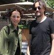 Şarkıcı Sertab Erener ve eşi Emre Kula, önceki gün Nişantaşı'nda kahvaltı keyfi yaptı