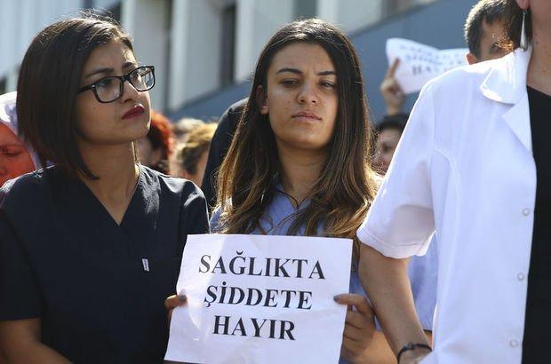 Başkent'te ölüm haberini veren doktorun burnunu kırdılar