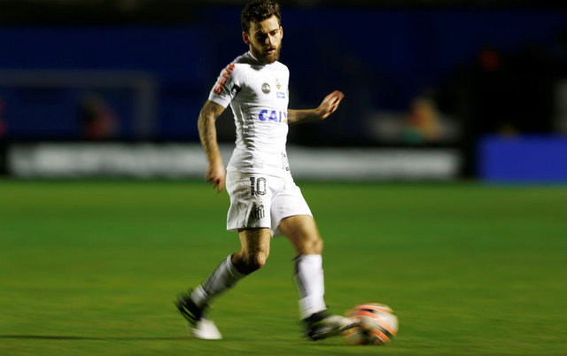 Fenerbahçe'de transfer gündemi Ben Arfa Lucas Lima Badstuber Eto'o