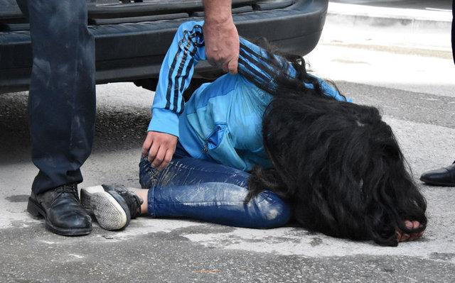 Konya'da kaza yapan genç kız krize girdi