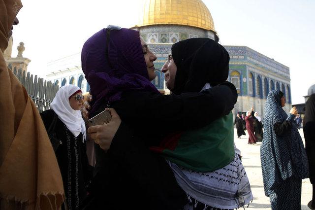 İsrail polisi Mescid-i Aksa'da Filistinlilere saldırdı: 113 yaralı