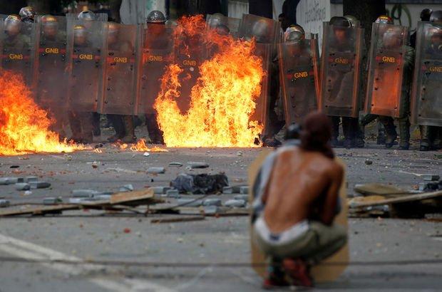 Venezuela'da 48 saatlik grev: İlk gün 2 kişi hayatını kaybetti!
