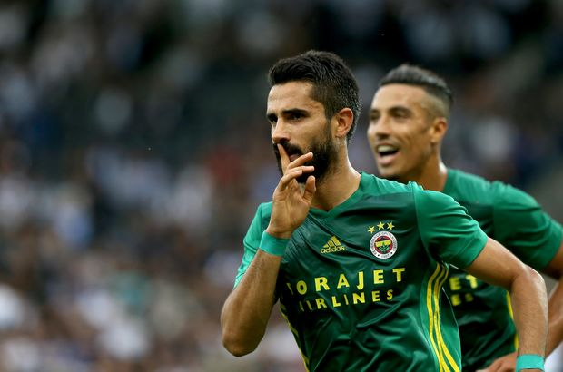 Alper Potuk Fenerbahçe - Sturm Graz maçında göz doldurdu