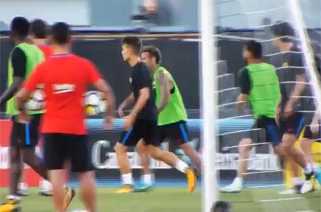 Barcelona idmanında kavga!