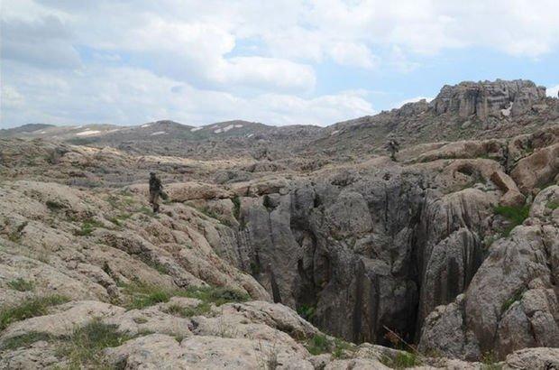 Siirt'te terör örgütü PKK'nın sözde 'Herekol' sorumlusu teslim oldu