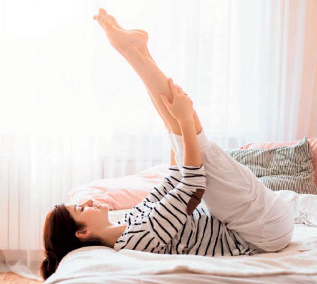 Yatakta formunuzu koruyacak 10 hareket