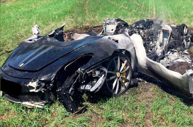 Yeni satın aldığı Ferrari'si hurdaya döndü