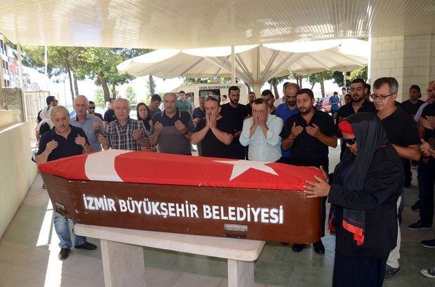 Almanya'da ölü bulunan Türk boksör Tunahan Keser İzmir'de toprağa verildi