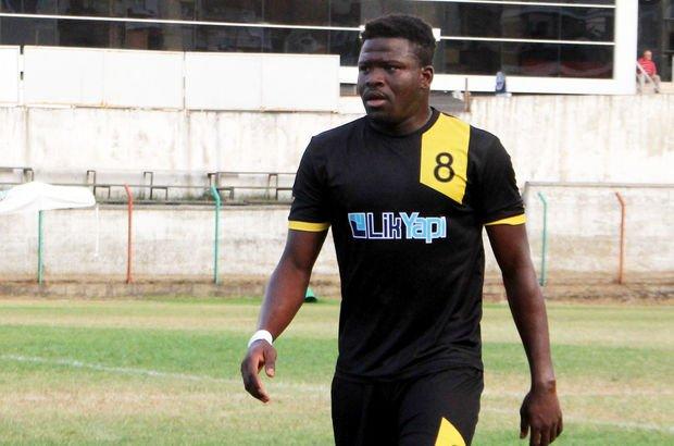 Ganalı Mohammed Sumaila, Yörükalispor'a 10 kilo zeytinyağı karşılığında transfer oldu
