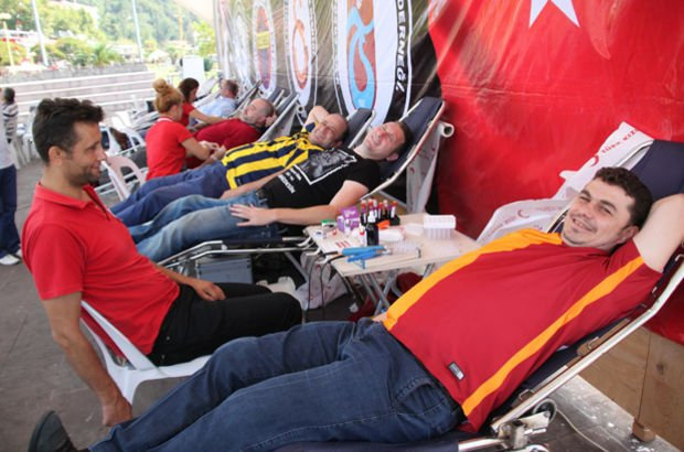 Kan bağışında Galatasaray taraftarı şampiyon