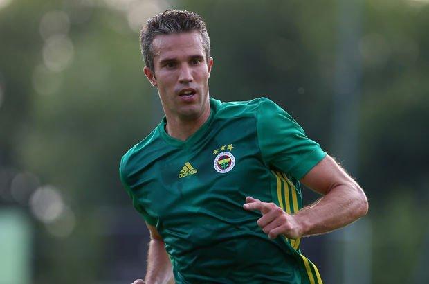 Van Persie, Fenerbahçe'de kalıyor - Van Persie'de son durum