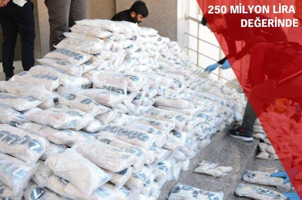 Terör örgütü PYD'ye büyük darbe! 12 milyon 'captagon' ele geçirildi