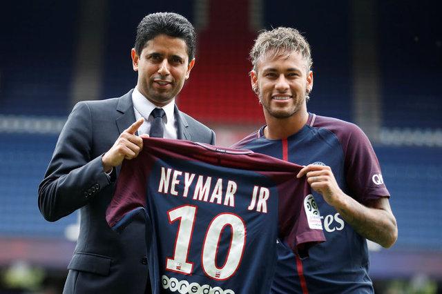 Tarihin en pahalı transferi Neymar imzayı attı
