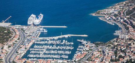 Türkiye ve Katar arası ticari gemi seferleri başlıyor