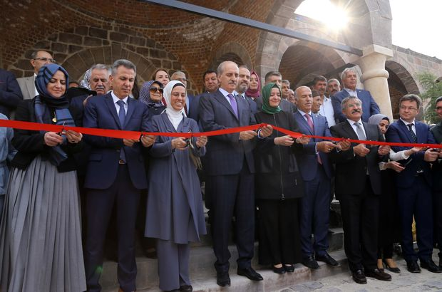 Ünlü Kürt alim Ahmed-i Xani adına düzenlenen festivale iki bakanlı açılış