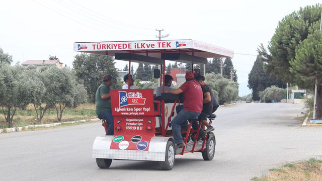 Türkiye'nin ilk bisiklet kafesi 'Çevirgez'