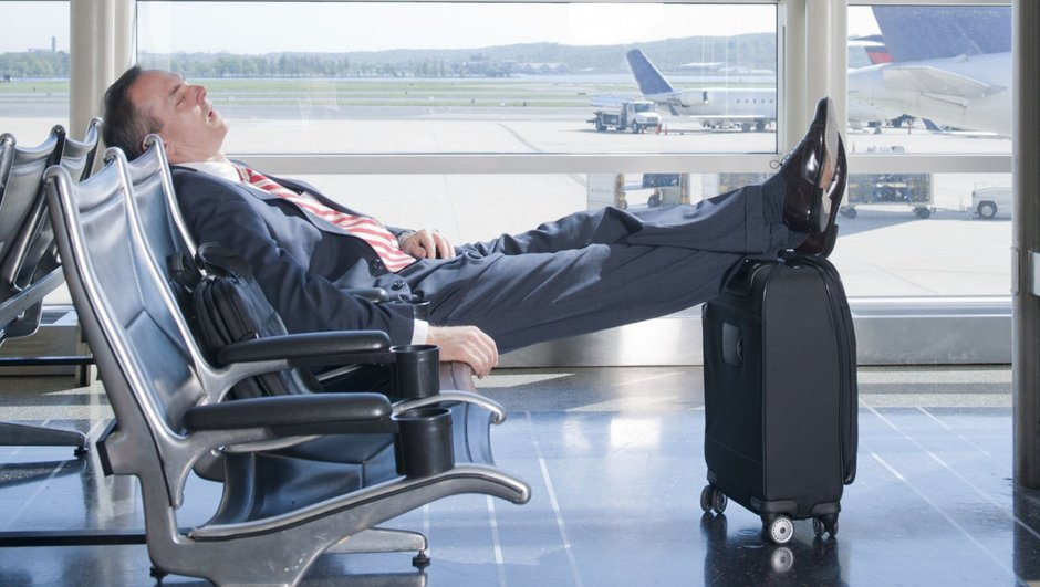 Havalimanında iyi uyku için 5 tüyo