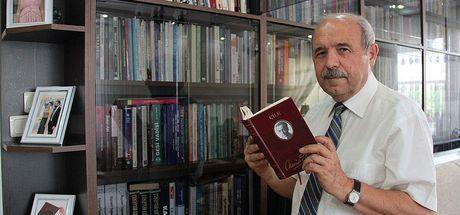 Yusuf Özmerdivenli sigaraya para vermek yerine 10 bin kitap aldı
