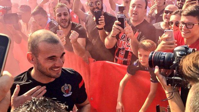 Nice'e transfer olan Sneijder açıklamalarda bulundu