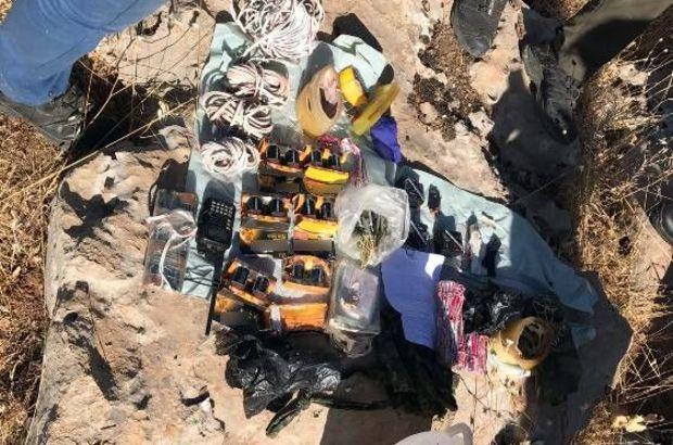 Mardin'de mühimmat dolu 12 sığınak ele geçirildi