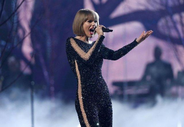 Taylor Swift taciz davasını kazandı