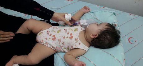 Kocaeli'de nefes almayan kızının ağzına parmağını sokarak, hayatını kurtardı!