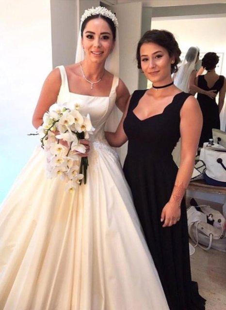 Güzel oyuncu Merve Sevi, spor eğitmeni Çalkan Algün ile evlendi