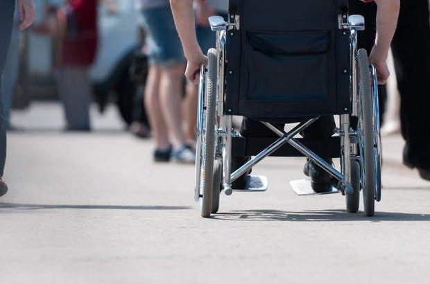 Fransa'da engelli kadın trende unutuldu