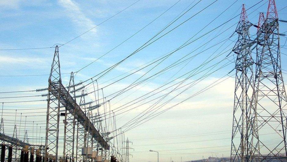 elektrikler saat kaçta gelecek?