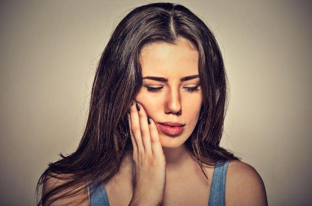 Diş ağrısı neden gece artar?