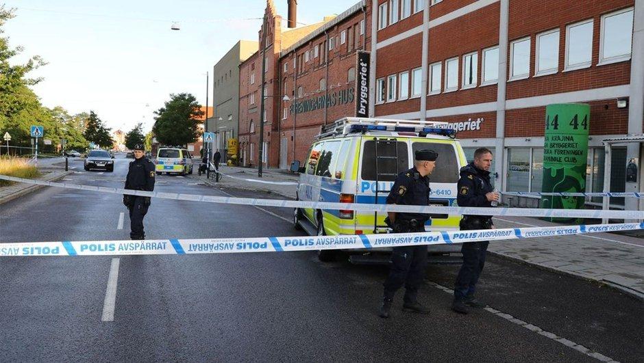 İsveç'te silahlı saldırı: 3 yaralı