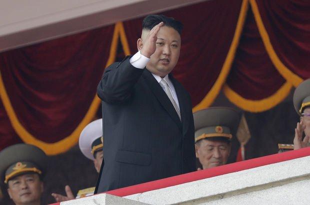 Kuzey Kore Guam'ı vurma planını erteledi