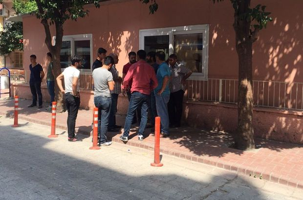 Mersin'de hesaba itiraz eden asker bıçaklanarak öldürüldü