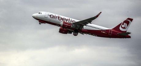 Alman hükümeti Air Berlin'e 150 milyon euro kredi verdi